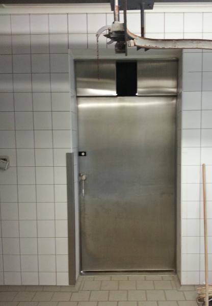 Jednokřídlé,chladírenské dveře vč.zárubně s kapličkou