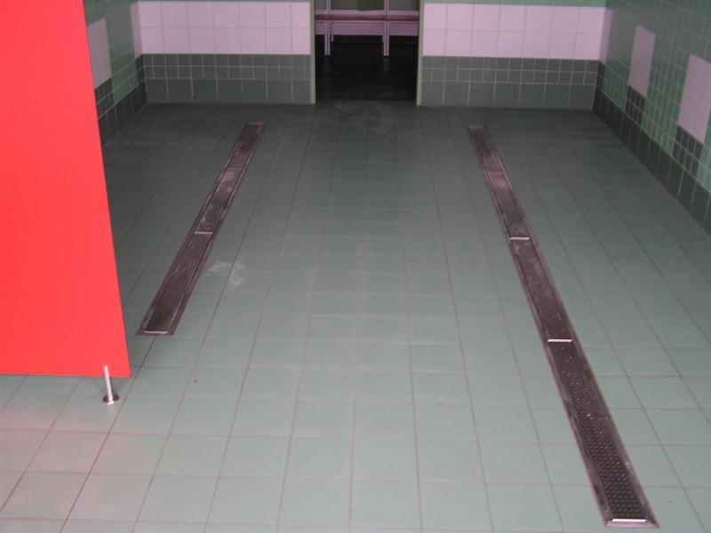 Odvodnění společné sprchy